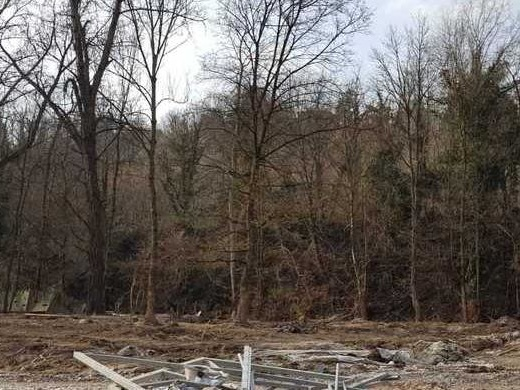 Per ricostruire Lambioi sarà cancellato un progetto in periferia