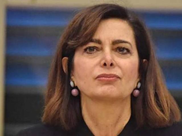 """""""Esco trasformata…"""". Laura Boldrini, il tumore e il ricovero. La foto e le notizie dopo l'intervento"""