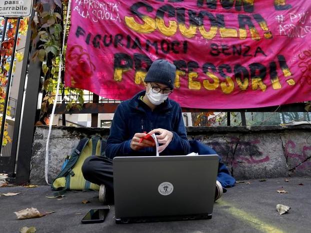 «Ecco il futuro che desideriamo» Il manifesto degli adolescenti italiani interpellati dall'Unicef