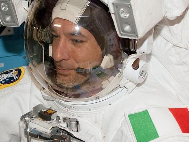 La passeggiata nello spazio di Luca Parmitano per riparare l'Ams