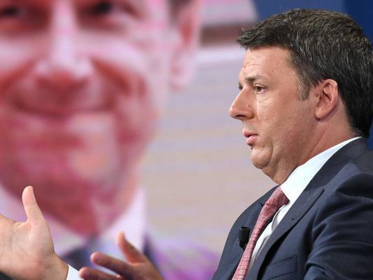 Va combattuta sia l'evasione che l'invasione fiscale, dice Matteo Renzi