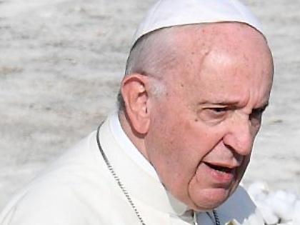 Vaticano, Papa Francesco sbancato dall'Europa: l'Italia deve prendere tutti i soldi dell'Ici