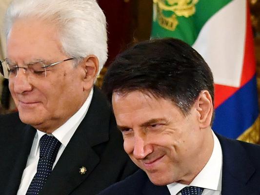 Mattarella chiede un fisco equo. Conte chiarisce alcuni punti della manovra