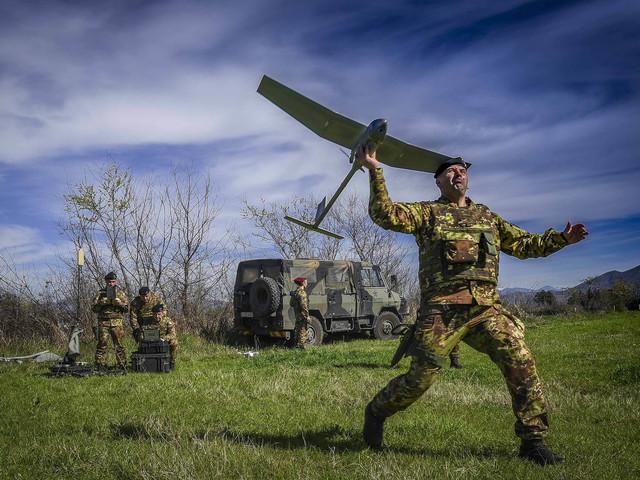 Mini droni e tute hi tech il soldato è già nel futuro