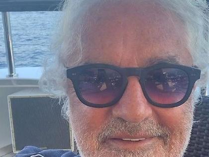 """Flavio Briatore, bordata al M5s: """"Vivono solo per tenersi la poltrona"""""""