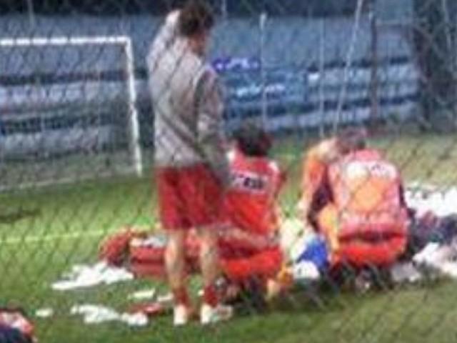 Lorenzo muore sul campo da calcio: 15 anni, era in vacanza con la famiglia