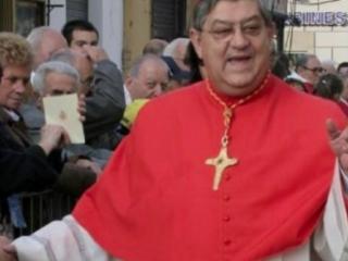 """Baby gang: altri due minori denunciati. Monito del Cardinale Sepe: lasciate cadere """"i coltelli"""""""