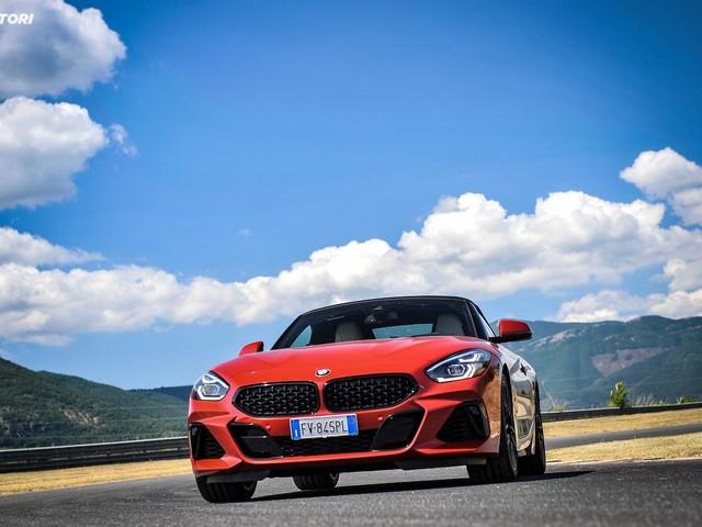 BMW Z4 M40i: la prova su strada e in pista