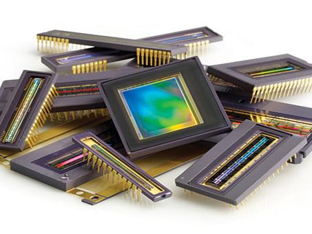 Interfacciamento ad un sensore d'immagine CMOS