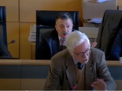 """""""E' finita, De Augustinis dimettiti"""" e la Lega-stampella finisce sotto attacco"""