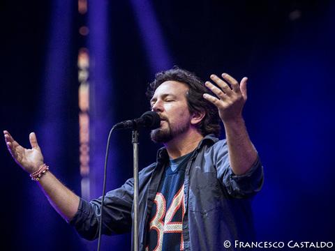 Firenze Rocks, questa sera Glen Hansard ed Eddie Vedder suoneranno con la band