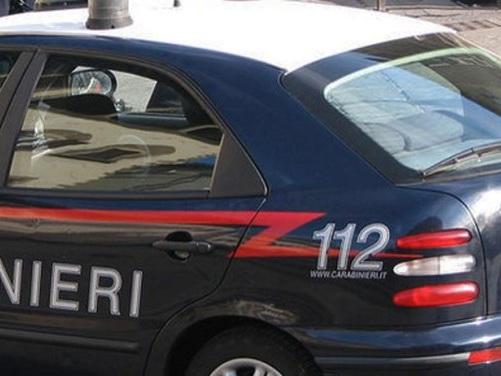 Teramo: mattone contro l'auto dei carabinieri, arrestato