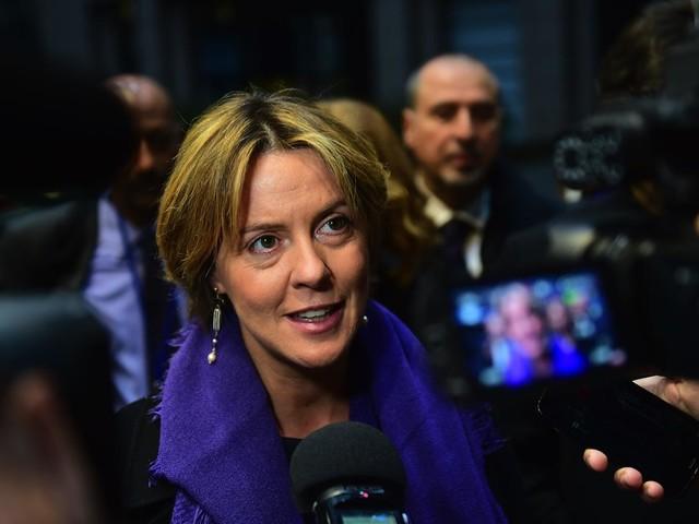 Da Forza Italia al Pd: la Lorenzin è il simbolo del trasformismo (ovvero della politica italiana)