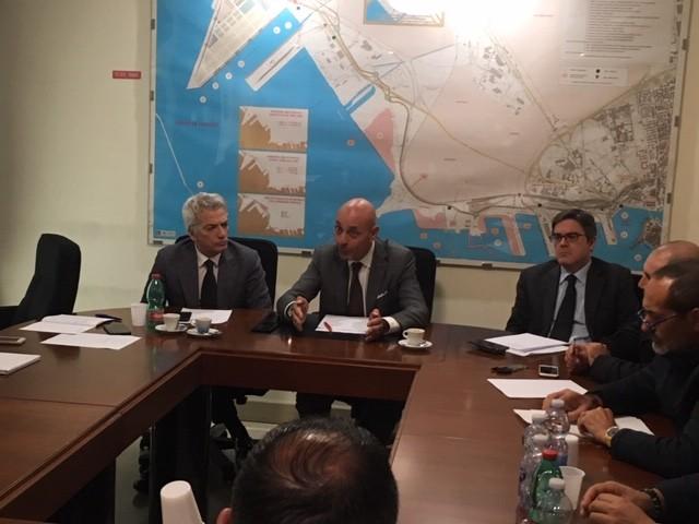 Taranto, incontro tra Confindustria e sindacati per i mancati pagamenti di Mittal