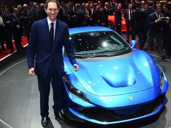 Ferrari conferma la supercar elettrica nel 2025 e il suv Purosangue