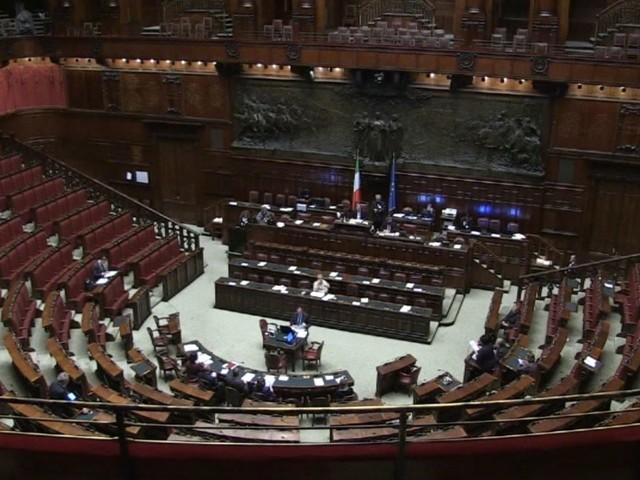 Ddl taglia-poltrone, ecco come cambiano Costituzione e Parlamento