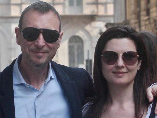 """Domenica In, Amadeus: """"Sanremo? Ci sarà un atteso 'ritorno'"""". E dopo il videomessaggio di Mourinho, il conduttore si commuove: ecco perché"""