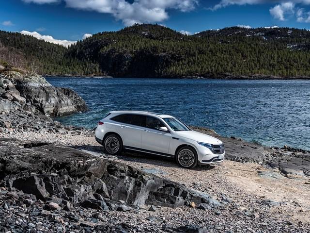 """Vacanze """"elettriche"""" con Mercedes Benz EQC"""
