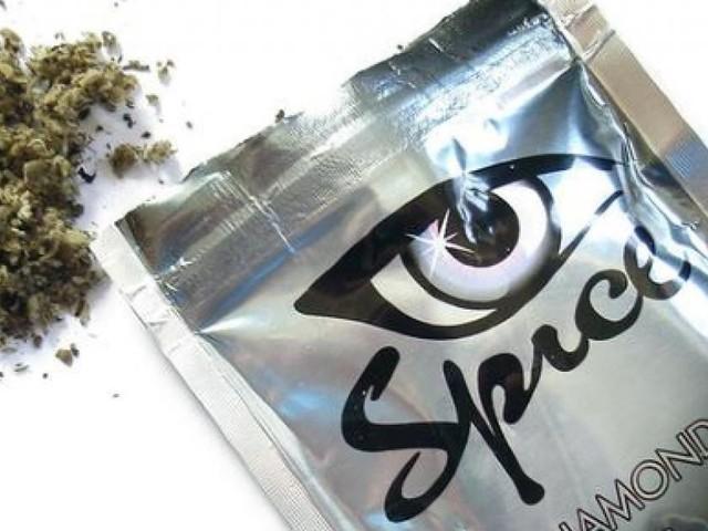 Droga, un anno di sballo con la 'Spice' per gli studenti tra i 15 e 19 anni