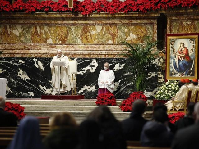 La mossa del Papa sui vaccini: cosa cambia ora nella Chiesa