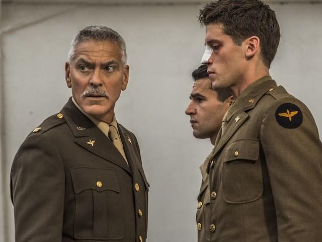 Catch-22, ecco il nuovo trailer della serie di George Clooney