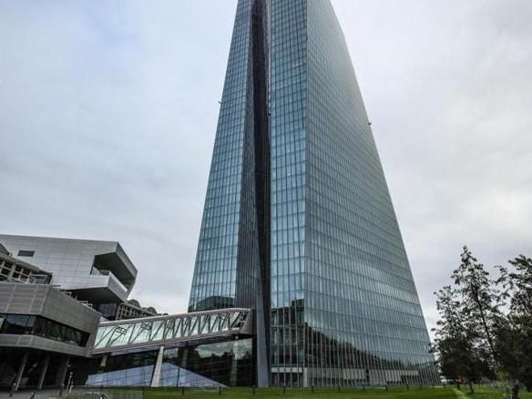 Unione bancaria, serve un'intesa sui rischi prima di nuove crisi