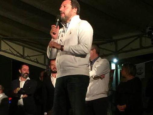 """Salvini Day a Viadana e il web si scatena. Cavatorta e l'attacco a Fava Gli avversari: """"Perché bloccare il centro?"""""""