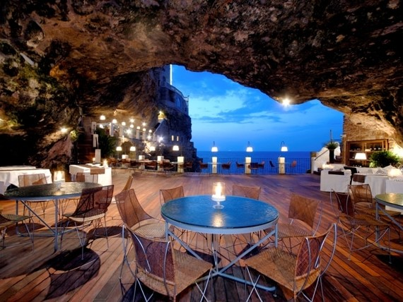 In un noto ristorante di lusso di Polignano a mare veniva servita carne scaduta da un mese, maxi multa