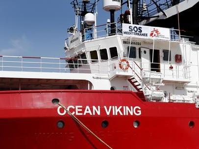 """""""Si facciano sbarcare subito i naufraghi della Ocean Viking"""""""