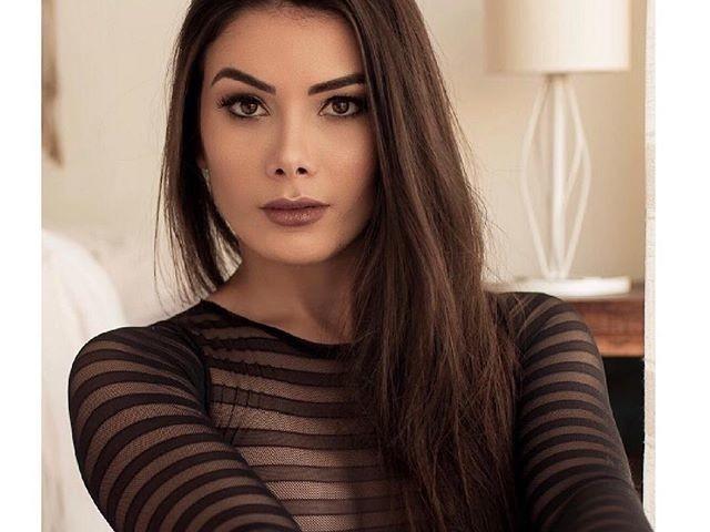 Ana Karoline Nazario esce allo scoperto: è lei la nuova fiamma di Romario