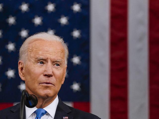 Biden annuncia un piano per il lavoro dopo la frenata dell'occupazione