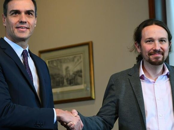 Svolta in Spagna: accordo di coalizione Socialisti-Podemos