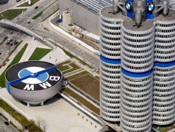 Gruppo BMW - Salgono i costi per l'elettrificazione, profitti in calo