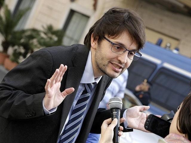 Cosa chiedeva al M5S Matteo Dall'Osso, il deputato disabile «umiliato» e passato a Forza Italia