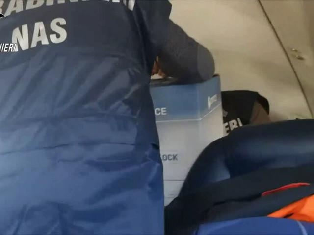 Lotto AstraZeneca sequestrato, il trasporto aereo a cura dei Nas | Video