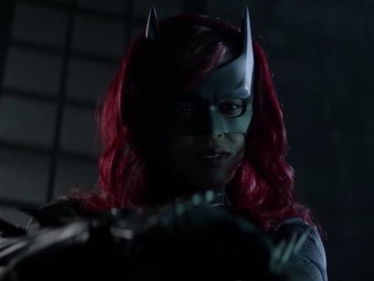 Batwoman – Javicia Leslie al centro della nuova featurette