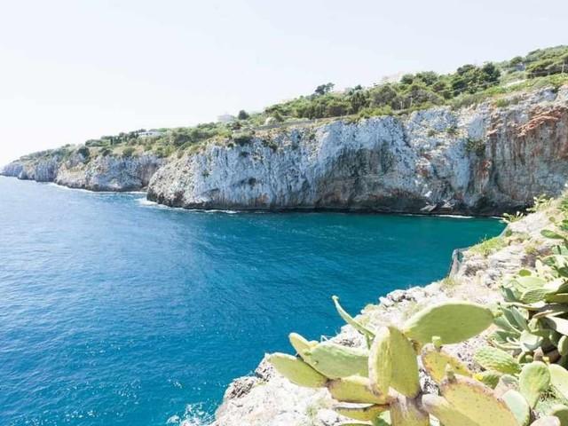 Come arrivare alla grotta di Zinzulusa, piccola gemma del Salento