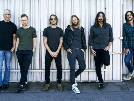 Esce il nuovo album dei Foo Fighters ?Medicine At Midnight? e da lunedì una serie radiofonica