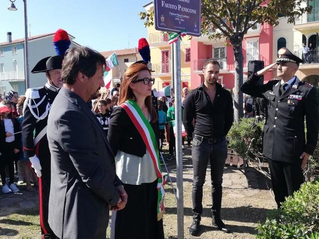 Potenza Picena, giardino di via Pesaro intitolato alla memoria del Capitano Pilota dei Carabinieri Fausto Paniconi (FOTO)