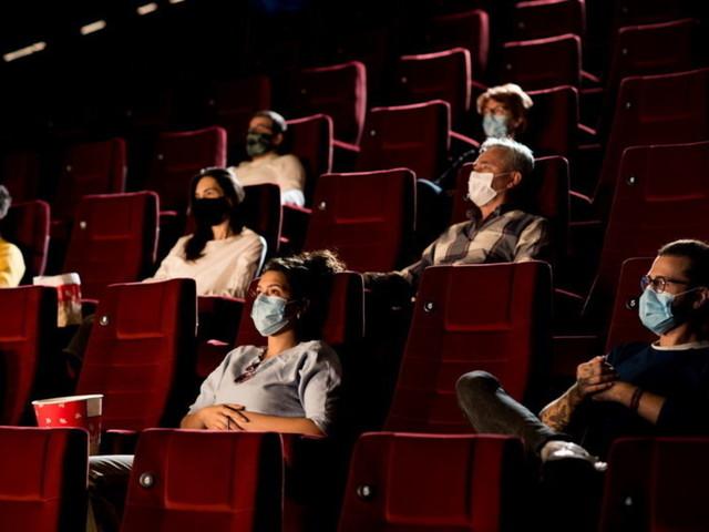 Covid, verso nuove capienze per cinema e teatri   Incognita sulle regole a scuola