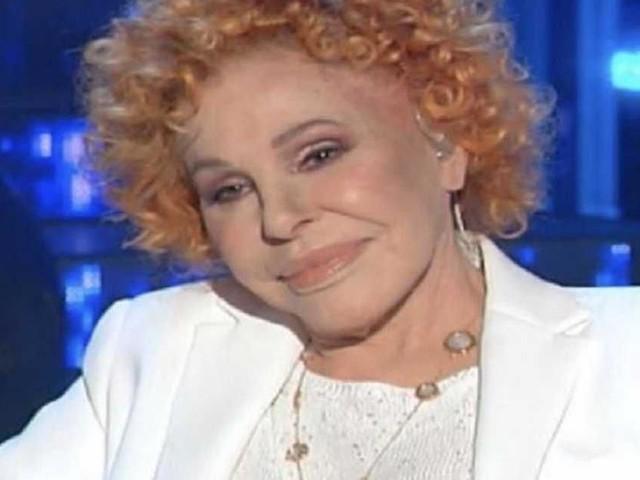 Amici Celebrities, Vanoni punzecchia Ciro Ferrara: 'Sai cantare solo in napoletano'