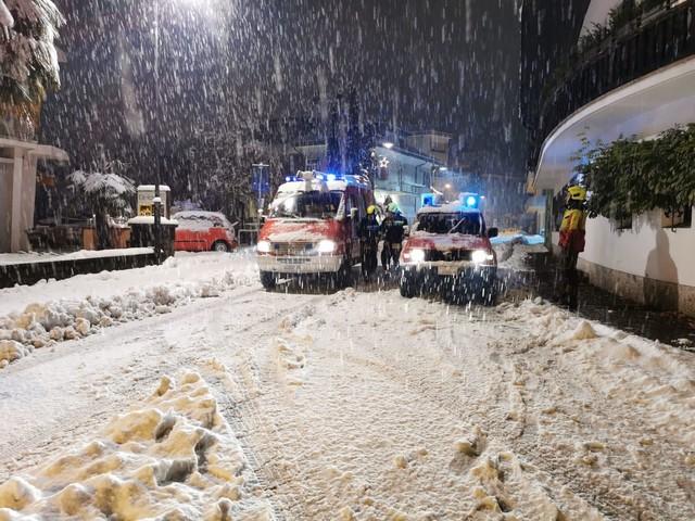 Emergenza neve in Alto Adige Stop ai treni, frane e smottamenti