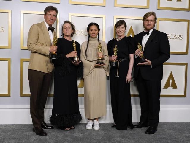 Le sale si rilanciano con la nomade da Oscar
