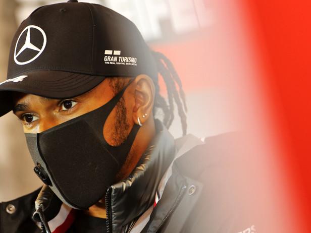 """Formula 1, Hamilton: """"Ho subito atti di razzismo in Italia a 13 anni"""""""