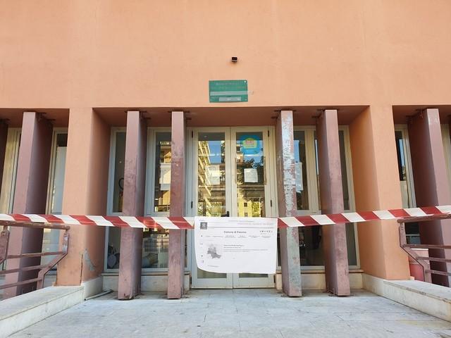 Furto nella delegazione comunale di via Fileti a Palermo (FOTO)