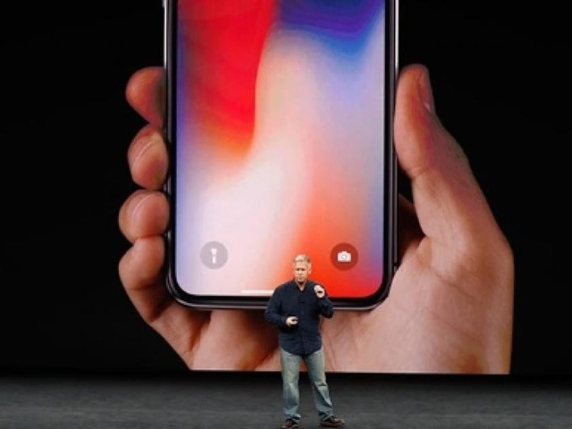iPhone X: quanto costa alla Apple e quanto a noi