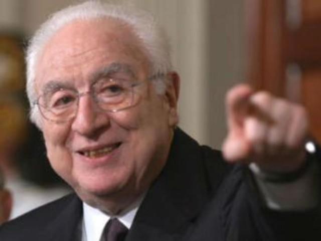Cossiga, esce 'Una vita per la Patria': il ricordo delle 'firme' più vicine al presidente