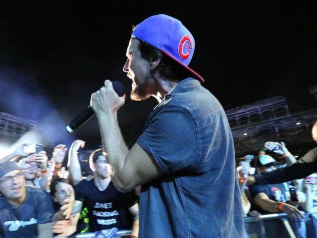 Superblood Wolfmoon dei Pearl Jam è una pioggia di glitter sul grunge (testo, audio e traduzione)