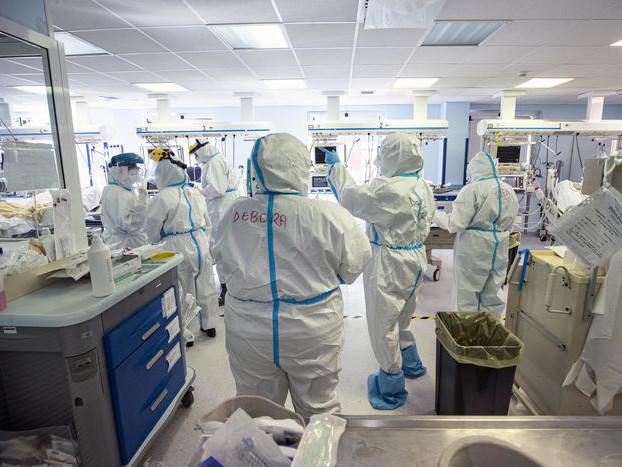 «Condizioni di lavoro massacranti Teniamo duro ma bisogna cambiare» Gli infermieri scrivono a Fugatti