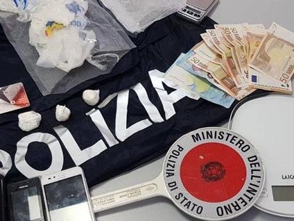 Arrestato albanese per spaccio di cocaina